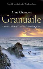 Author ANNE CHAMBERS at the new Grace O' Malley statue at Westport House with sculptor Michael Cooper